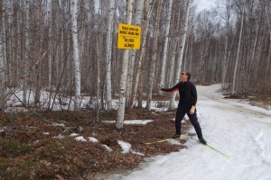 Groomer Bill Husby on the N40 trail on Mother's Day, 2013