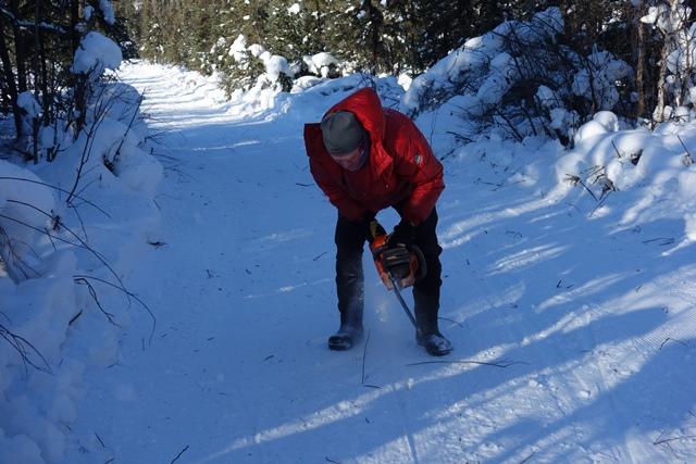 Bad Bob removing toe grabbers on 20 km turnaround sm