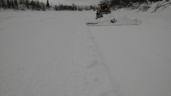 Sonot Kkaazoot trail on Chena River groomed wide for distancing sm