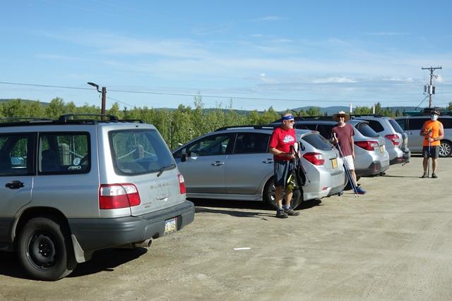 SCUM w silver Subarus